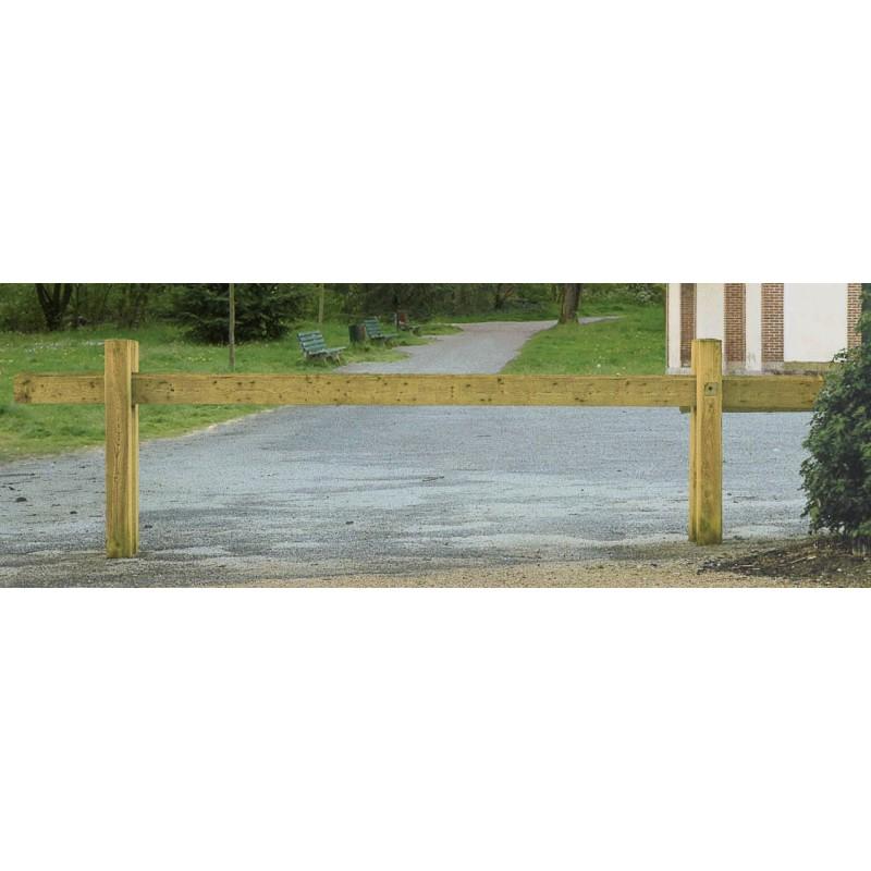 Barri re en bois coulissante poteaux carr s largeur 300 cm for Barriere coulissante jardin